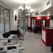 Sunsation Beauty Salon angajeaza urgent  Tehnician Unghii False