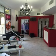 Sunsation Salon angajeaza cosmeticiana