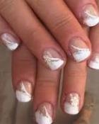 Cum trebuie sa procedezi cu unghiile fragile