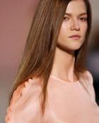 straight-hair-tips-0509-17-md.jpg