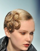 whats_your_top_runway_hair_style_for_aw_2010.jpg